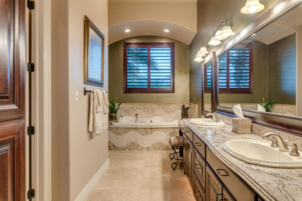Luxury bathroom in utah luxury home