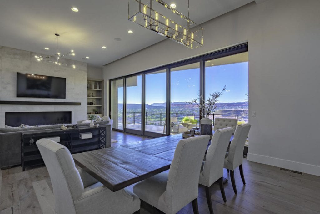 luxury dining and great room