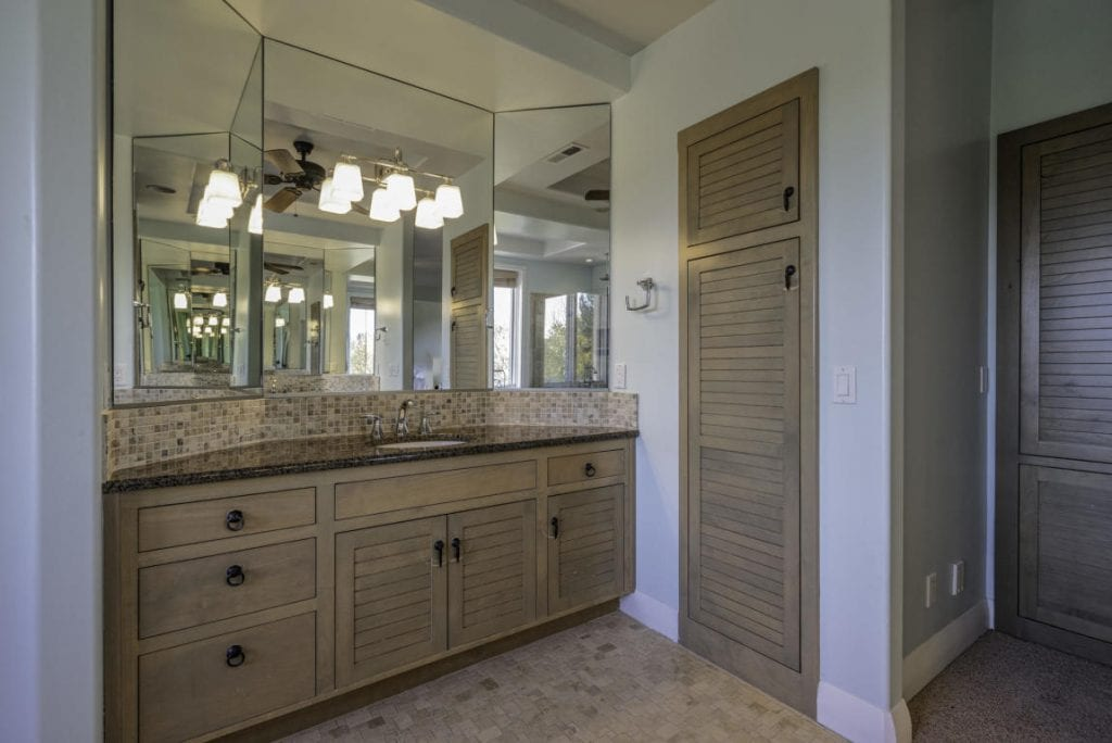 Luxurious finishes throughout